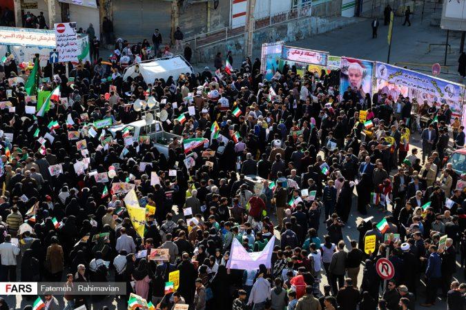 دشمنان انقلاب حضور مردم را ببینند و عقبگرد کنند/ حضور گسترده در راهپیمایی ۲۲ بهمن نشانه بصیرت و آگاهی مردم است