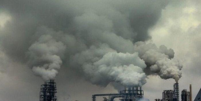 آلودگی زیست محیطی موجب شکایت از دو مدیرعامل شرکتهای پتروشیمی ماهشهر شد