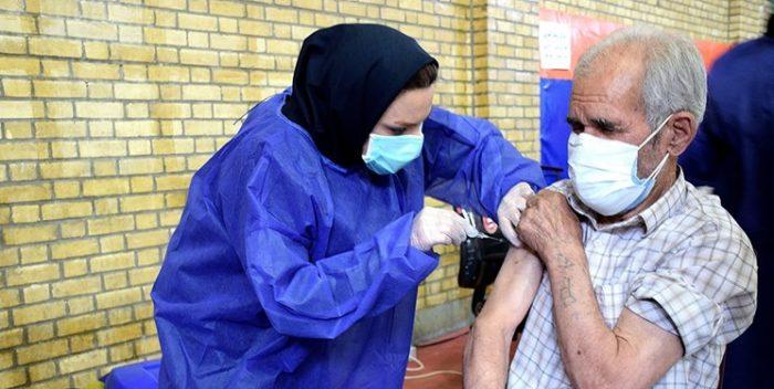 ۱۷ اردیبهشت آخرین مهلت تزریق واکسن افراد بالای ۸۰ سال است