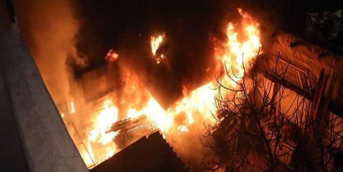 چهار نفر در اهواز زیر آوار آتشسوزی گرفتار شدند