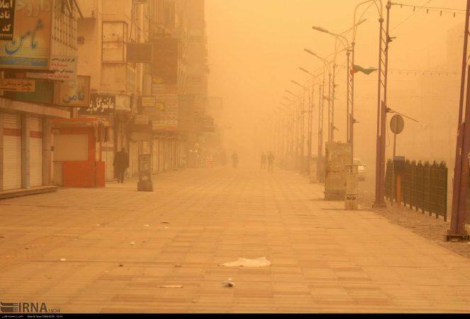 گرد و غبار ۹ شهر خوزستان را فراگرفت