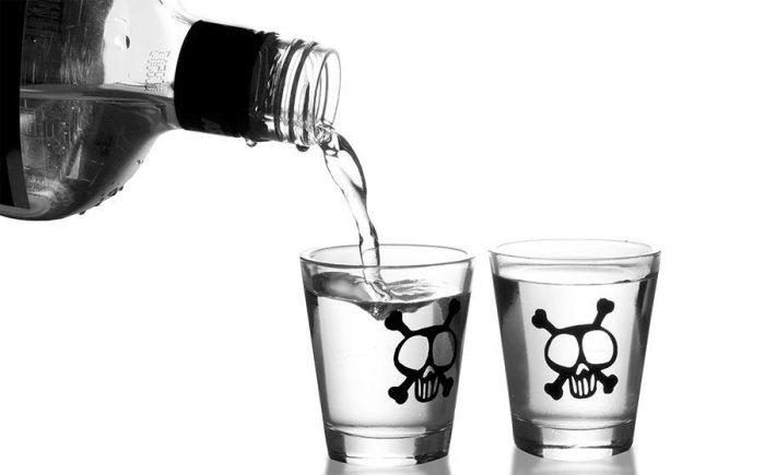 شمار قربانیان مشروبات الکلی تقلبی در خوزستان به ۵۶ نفر رسید