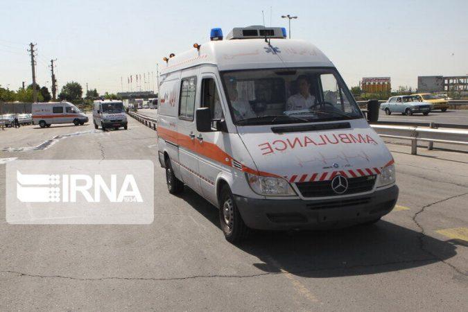 نحوه برخورد با آمبولانس در ترافیک باید نهادینه شود