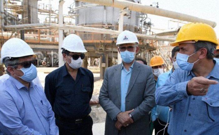 نوسازی و بازسازی تاسیسات مناطق نفتخیز جنوب آغاز شد