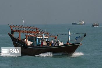 شناور حامل کالای قاچاق در آبهای شمال غرب خلیج فارس توقیف شد