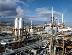 استاندار:شرکتهای بزرگ گردش مالی خود را در بانکهای خوزستان انجام دهند