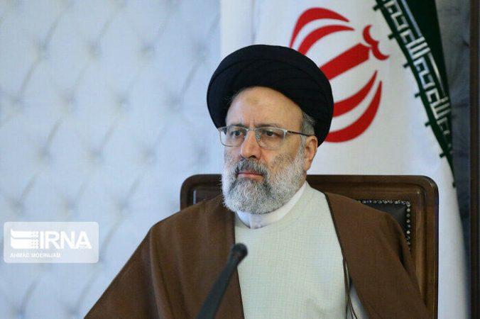 رئیسی: بخشی از درآمد نفت باید برای توسعه یافتگی خوزستان هزینه شود