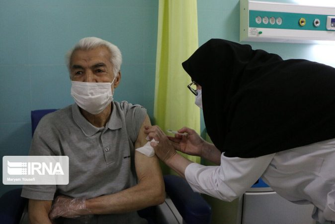 متقاضیان واکسن بدون دریافت پیامک به مراکز بهداشتی اهواز مراجعه نکنند