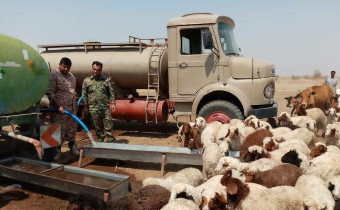توزیع یک میلیون و ۸۰۰ هزار لیتر آب شرب در روستاهای بستان توسط ارتش