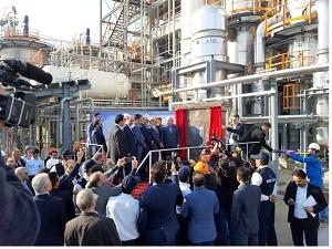 خرید تکنولوژی از کشورهای دیگر برای ایران شایسته نیست/ ظرفیت تولید پتروشیمی تا سال ۱۴۰۰ به ۱۰۰ میلیون تن میرسد