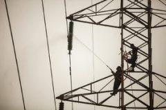 اجرای مرحله دوم بهسازی و اصلاح شبکه برق اهواز