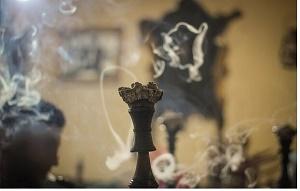 نقشی که دخانیات در کووید ۱۹ بازی میکند