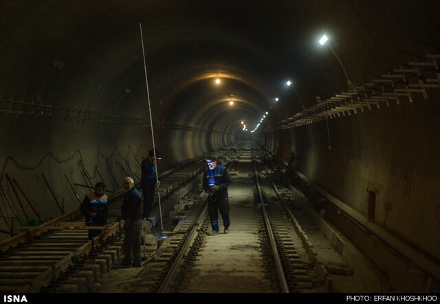 سه ماه از مهلت سه روزه پیمانکار مترو اهواز گذشت