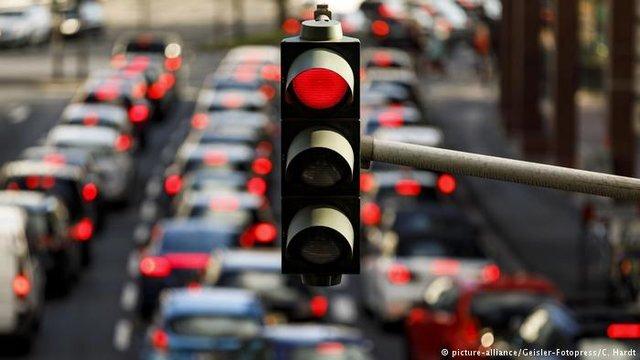 اعمال محدودیتهای ترافیکی جدید در اهواز / تردد روی پلهای رودخانه کارون محدود شد