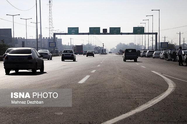 نصب ۵ پل عابر پیاده در محورهای پرتردد خوزستان تا پایان مرداد