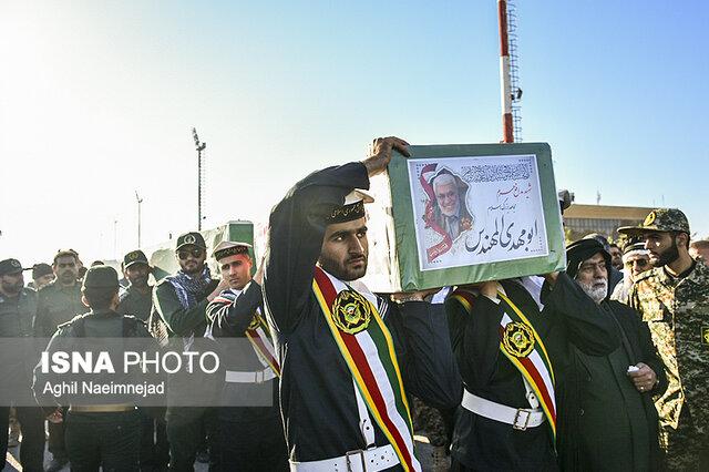 پیکر مطهر شهید ابومهدی المهندس در آبادان و خرمشهر تشییع شد