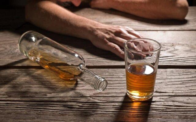 ادامه مراجعات مسمومیتهای الکلی در اهواز