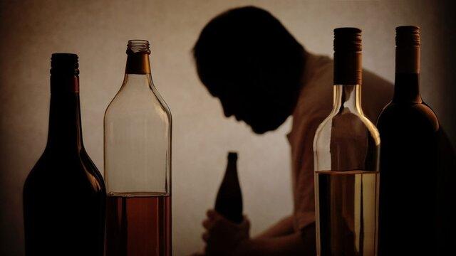 مشروبات تقلبی در خوزستان همچنان قربانی میگیرد