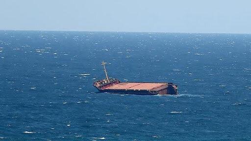 اظهارنظر یکی از نجاتیافتگان شناور بهبهان درباره علت حادثه