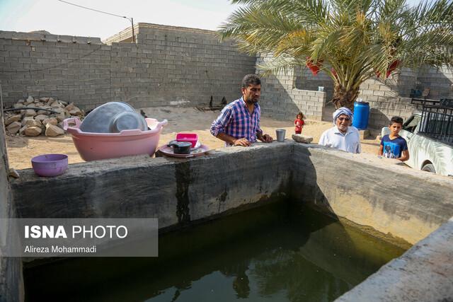 عبور انشعابات آب از مسیر فاضلاب در برخی مناطق حاشیهای خوزستان