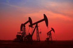 میادین غرب کارون حتی یک بشکه کاهش تولید نفت نداشتهاند