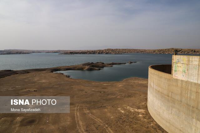 کاهش ۷۰ درصدی حجم مفید سد کرخه / تهدید تامین آب شرب ۴ شهر خوزستان