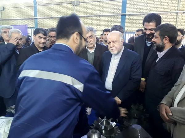 بازدید وزیر نفت از خط تولید مته حفاری ساخت جهاد دانشگاهی خوزستان